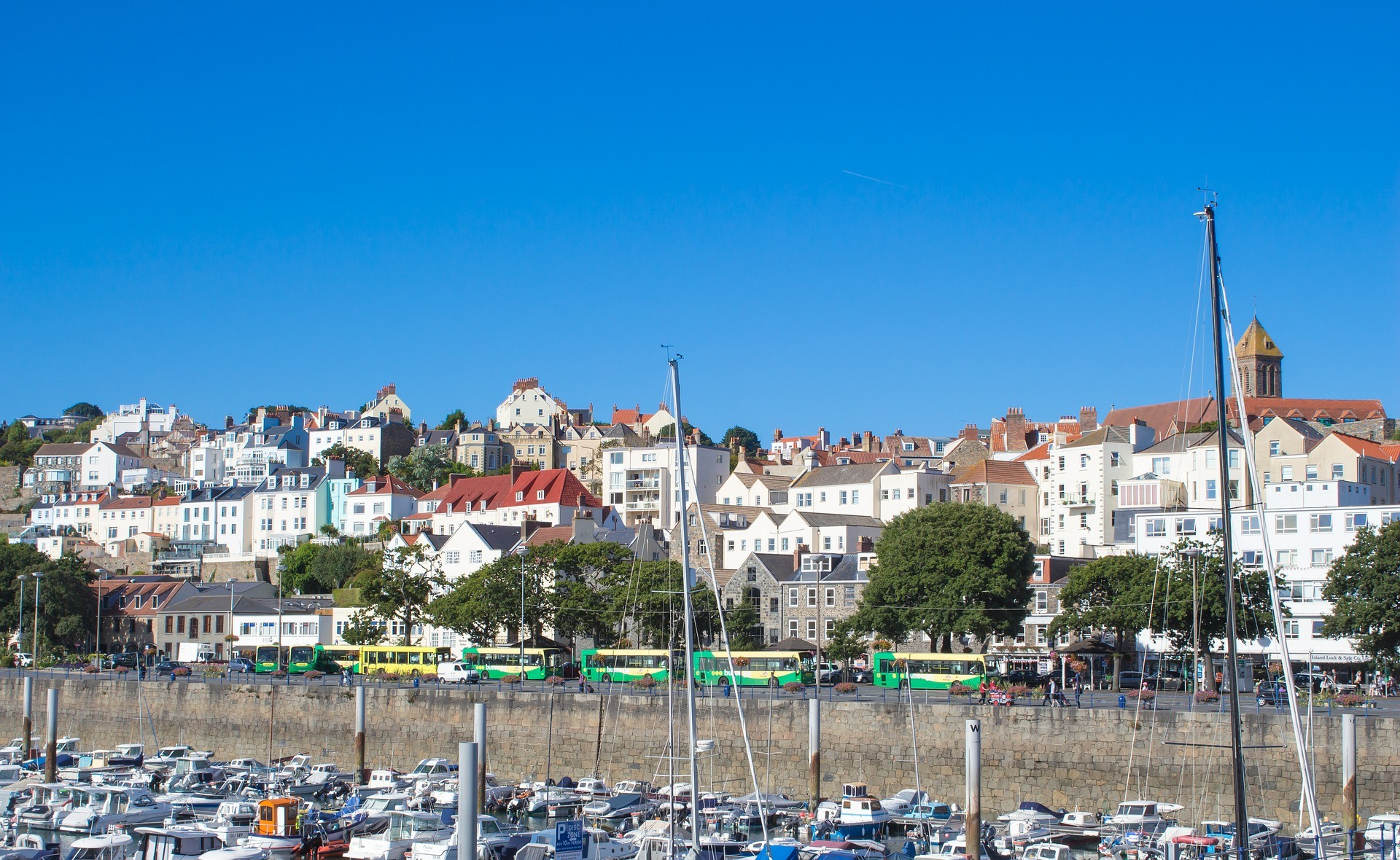 guernsey QROPS. Financial advice for expats