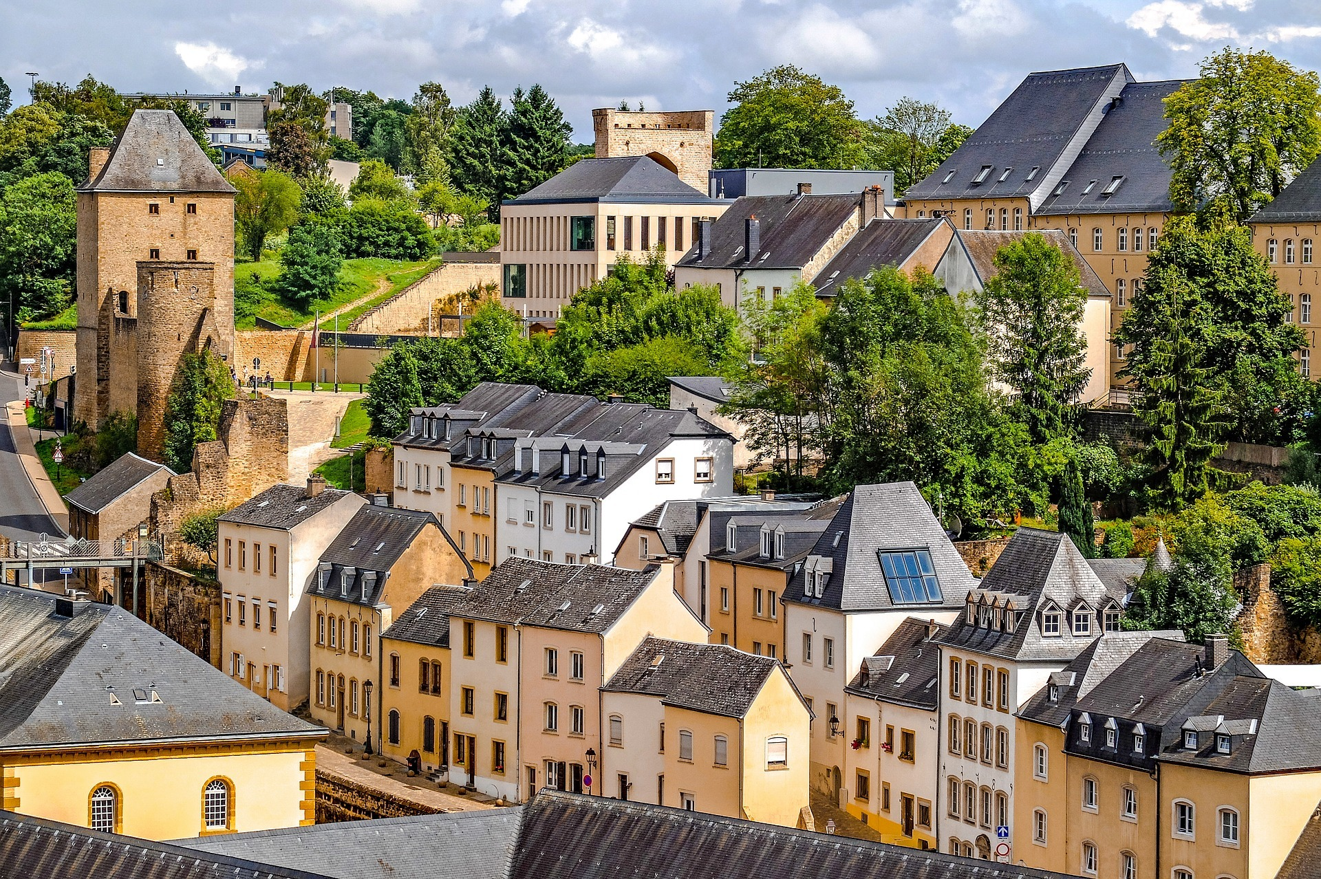 Financial Advisor in Luxembourg